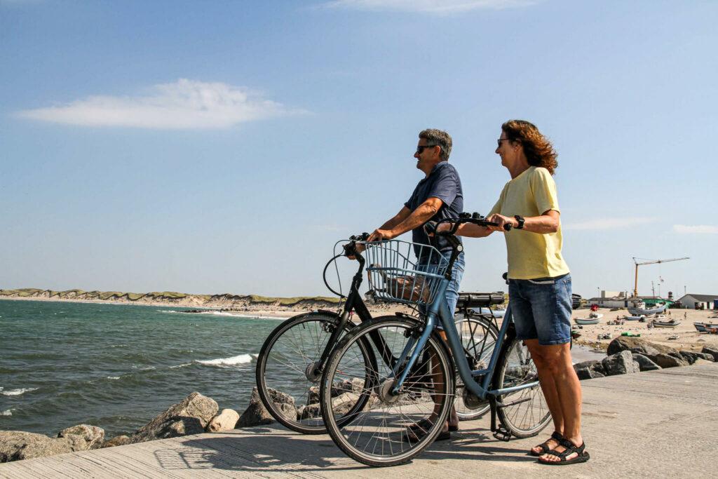 To på cykelferie ved havet
